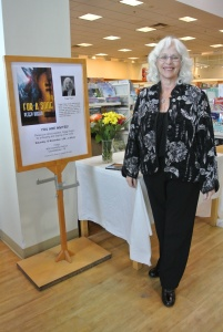 'For a Song' by Peggy Hogan, Photo of Peggy at Indigo, 15Nov2014